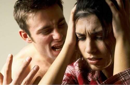 6 symptômes montrant que vous êtes victime d'abus verbal