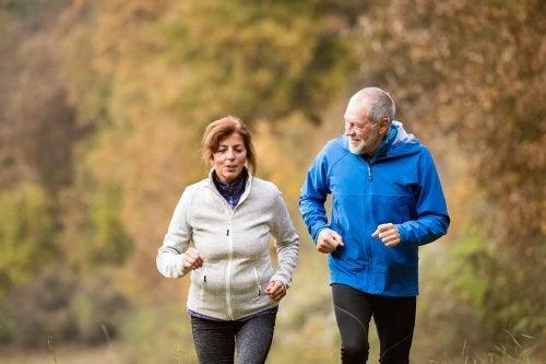 faire du sport pour atteindre un âge avancé en bonne santé
