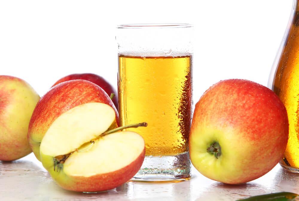 le jus de pommes et de goyaves pour traiter l'anémie pendant la grossesse