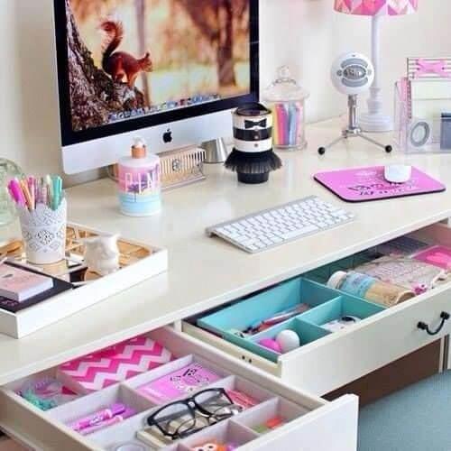 Des boîtes pour tiroirs pour un bureau rangé