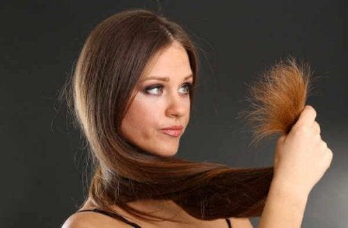 remèdes pour lutter contre les cheveux abîmés