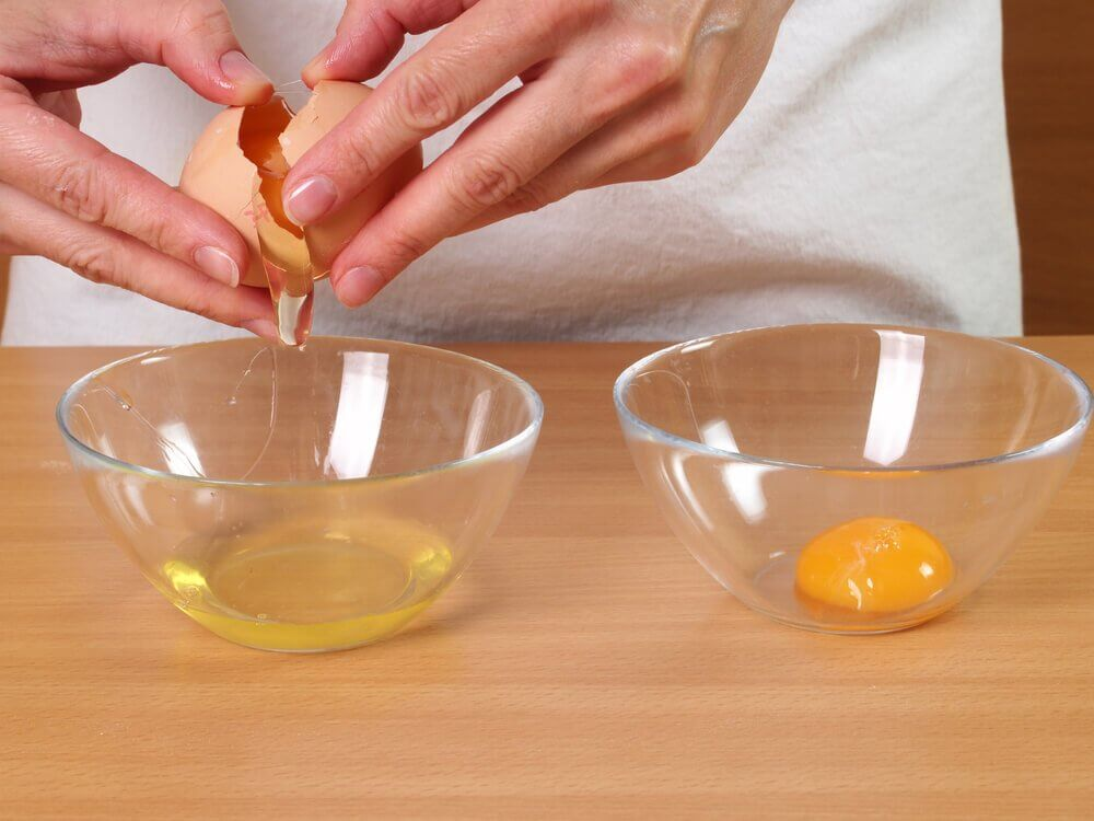 les blancs d'œuf pour traiter la chute des cheveux
