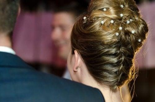 les tresses : une des coiffures pour mariée