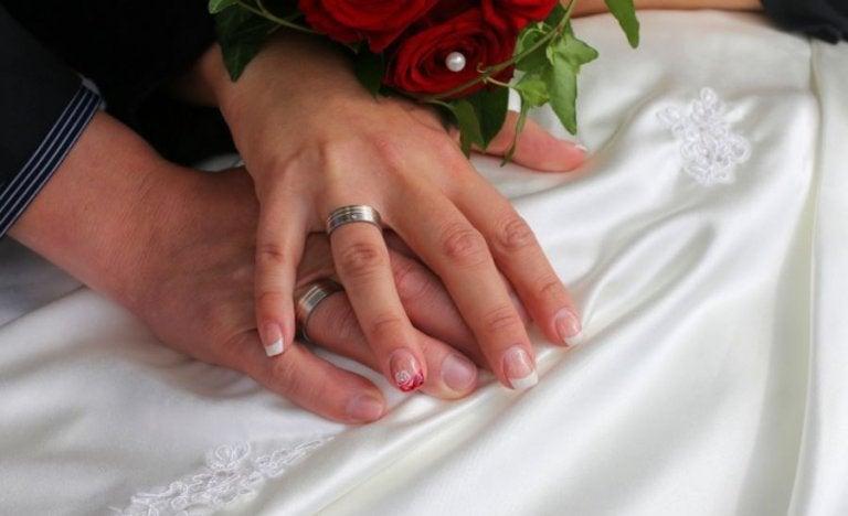 Décoration des ongles pour le mariage