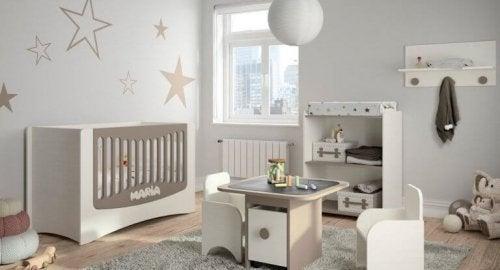 14 manières différentes de décorer la chambre de bébé