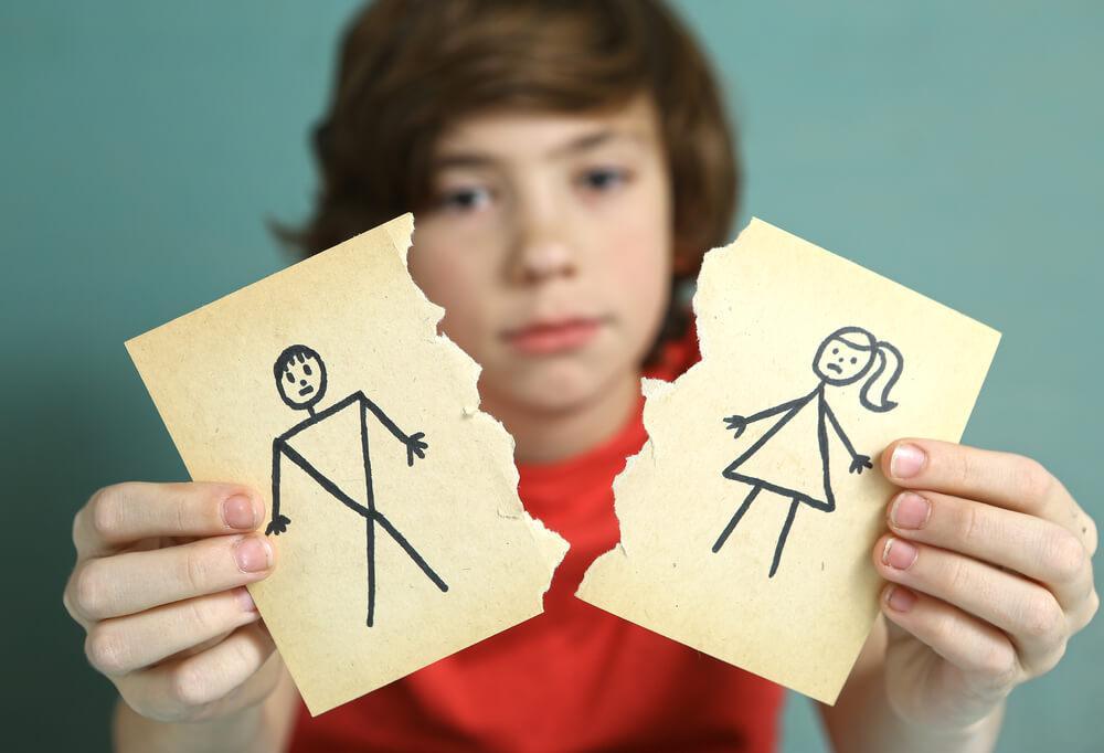 LEs causes des divorces sont nombreuses.