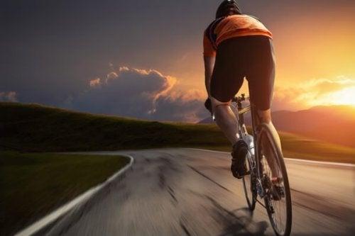 le cyclisme pour aider votre fonction cardiaque