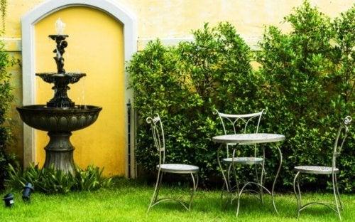 6 idées pour décorer votre jardin avec une fontaine