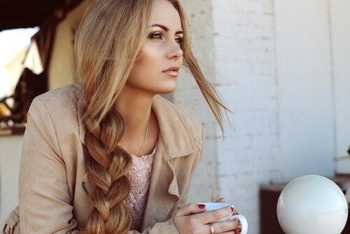 permettre à vos cheveux de retrouver leur force