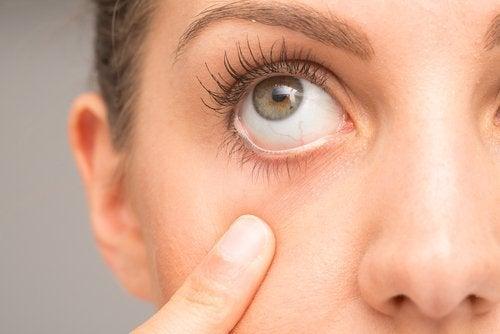 Inclure la carotte pour les problèmes oculaires.