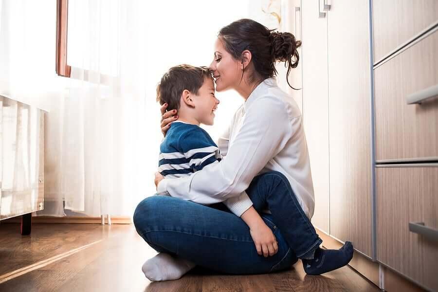 bonne relation mère-enfant