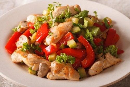 poitrine de poulet aux légumes