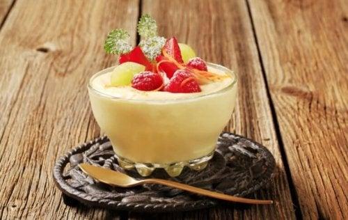 Préparez un délicieux pudding aux fruits