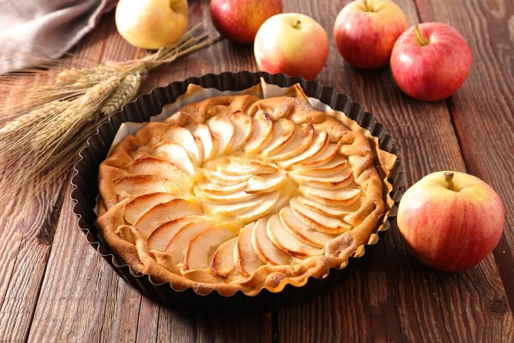 Ingrédients pour la tarte aux pommes.