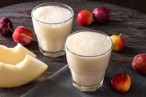 Remède laxatif aux prunes et au melon