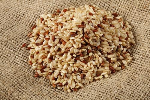 le riz complet comme type de riz le plus sain