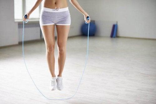 Le saut à la corde améliore la concentration