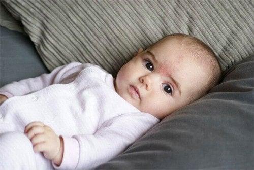 Signes pour interpréter les pleurs d'un bébé