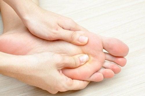 soin du pied diabétique quotidien