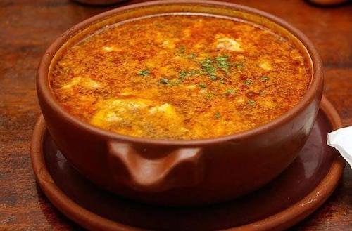 Recette de soupe à l'ail spectaculaire, osez l'essayer !