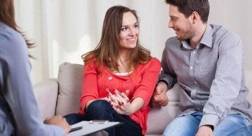 A quoi ressemble la vie de couple après avoir eu un enfant ?
