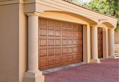 Les matériaux pour vos portes de garage