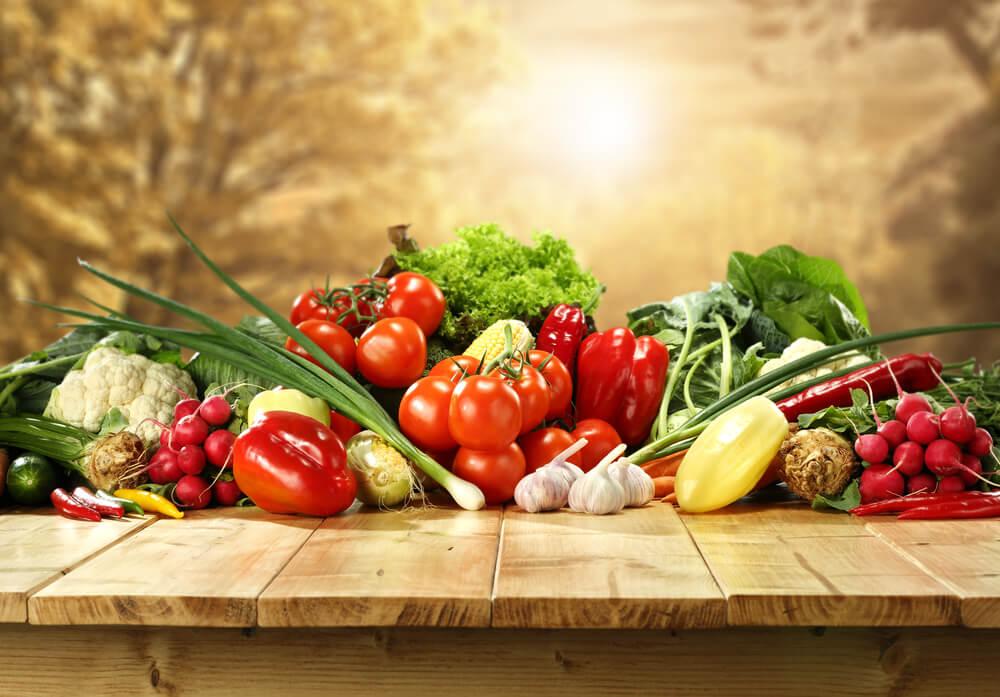 9 astuces simples pour améliorer vos habitudes alimentaires.