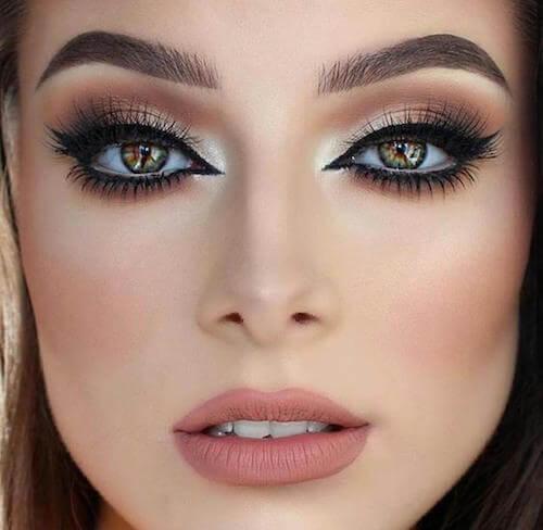 astuces pour réaliser un maquillage de soirée intense