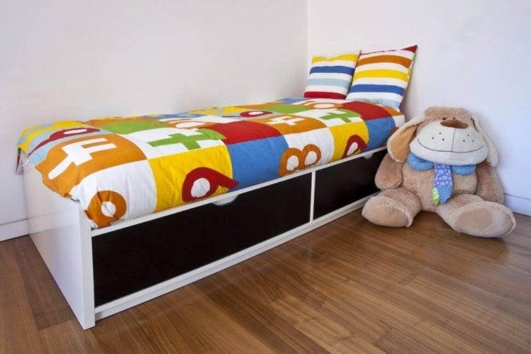 lits modulaires pour ranger dans la chambre des enfants