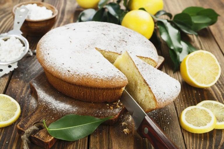 Apprenez à préparer un délicieux gâteau au citron et à la crème