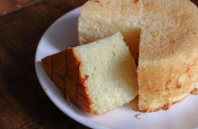 recette de gâteau aux trois laits avec de la meringue