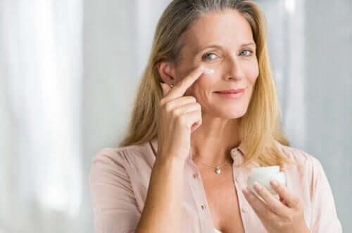 8 conseils pour prendre soin de votre peau à la ménopause