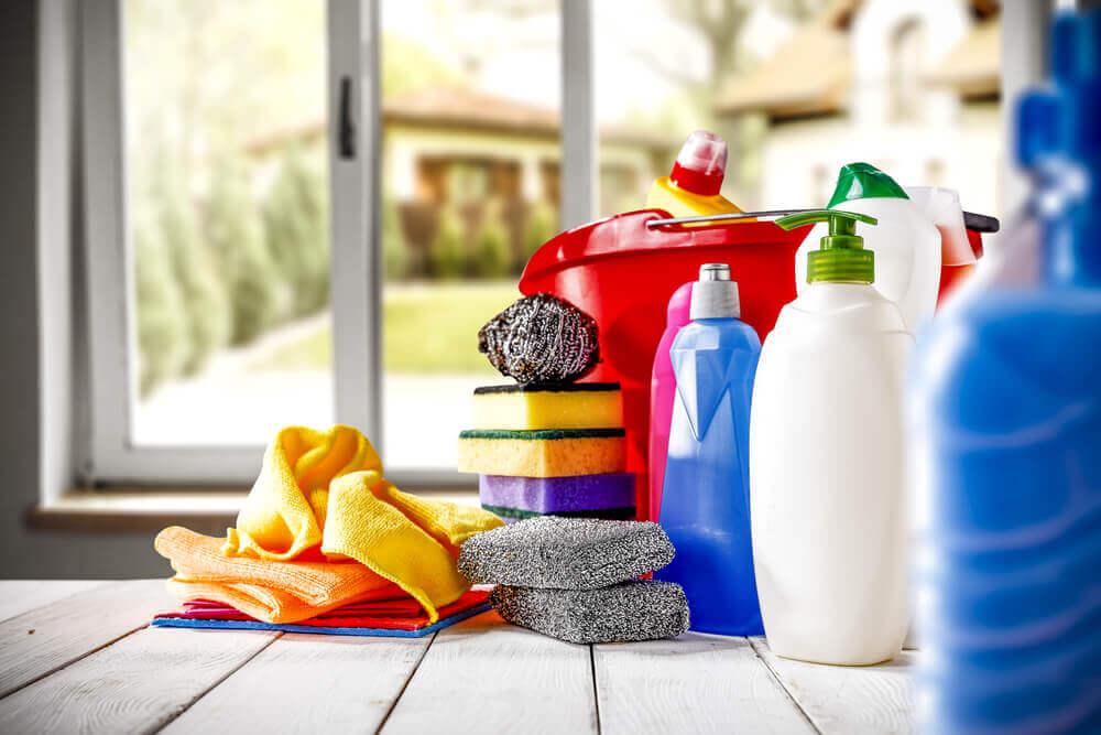 Comment éviter les accidents à la maison avec eau de javel.