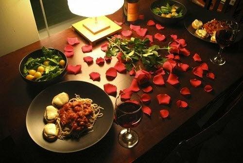 4 façons différentes de préparer un dîner romantique