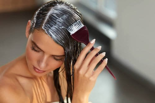 Repolarisation des cheveux à domicile : vos cheveux réparés en quelques minutes