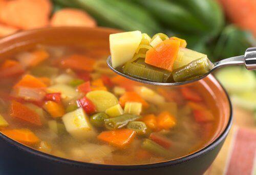 dîners pour perdre du poids : julienne de légumes