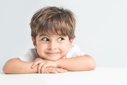 L'enfance influence le développement de la personnalité