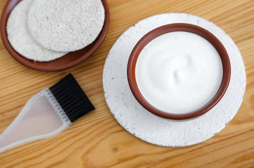 Quels sont les bienfaits du masque au yaourt et au miel