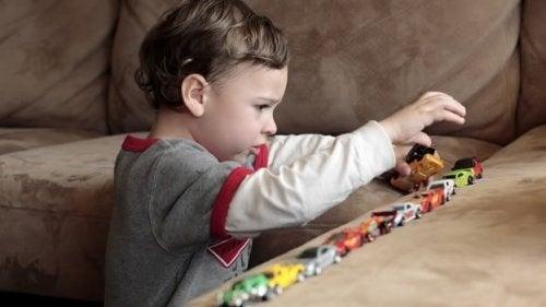 enfant touché par l autisme : relation avec le mercure