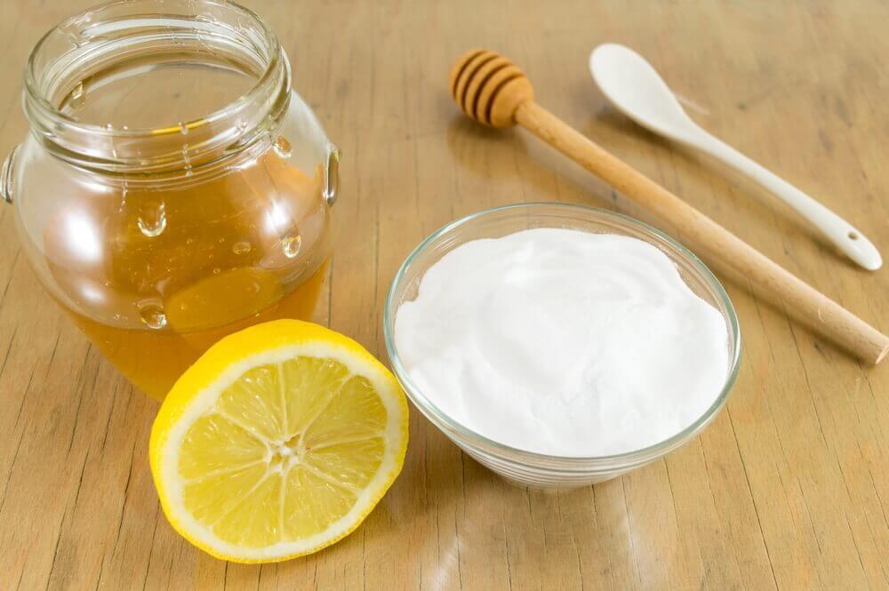 Comment améliorer votre santé avec un mélange de bicarbonate de sodium et de miel