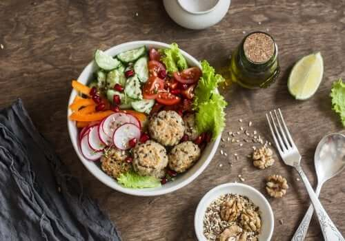 Des boulettes à base de quinoa et de pois chiches faciles à préparer