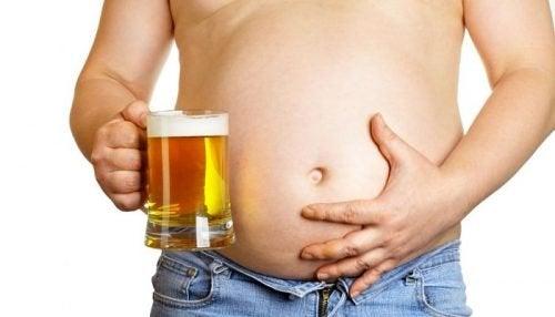 changer sa posture pour dissimuler le ventre