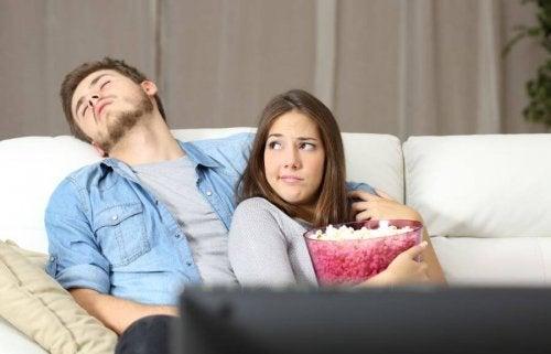 Pourquoi les couples malheureux restent-ils ensemble