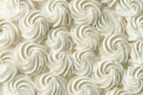Apprenez à préparer la crème décorative pour les gâteaux
