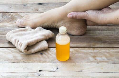 Comment calmer une entorse de la cheville avec 5 remèdes maison ?