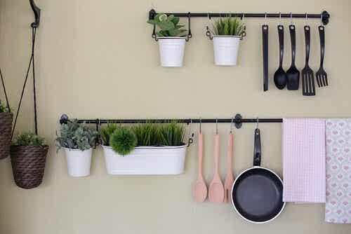 4 astuces pour fabriquer une étagère de cuisine