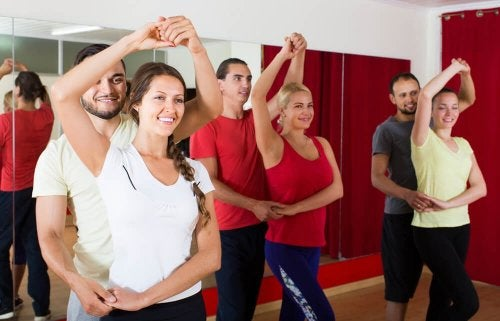 la danse fait partie des exercices cardio simples