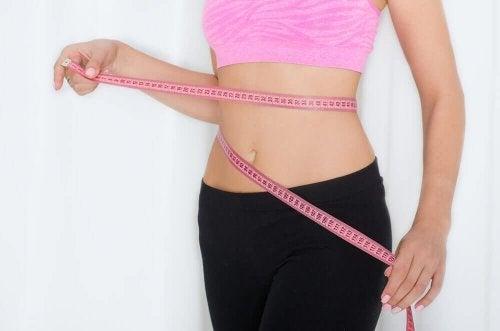 Une femme qui veut perdre du poids.