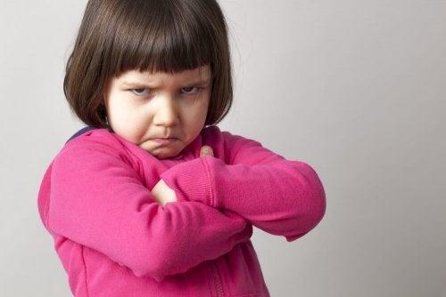 Ne pas forcer les enfants à faire des bisous.