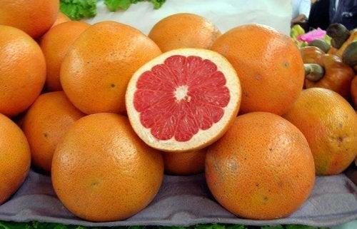 fruits recommandés pour l'alimentation : pomelos
